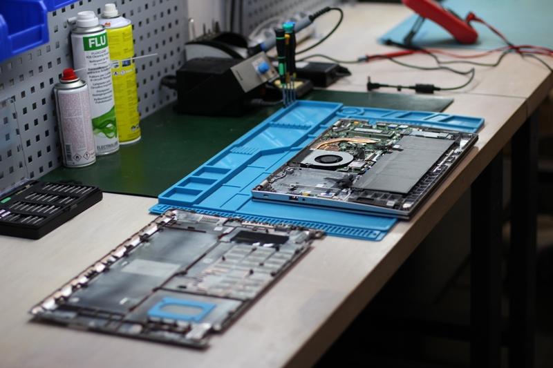 Ремонт ноутбуків в сервісному центрі